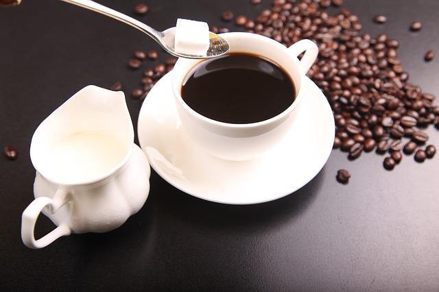 cukr do kávy