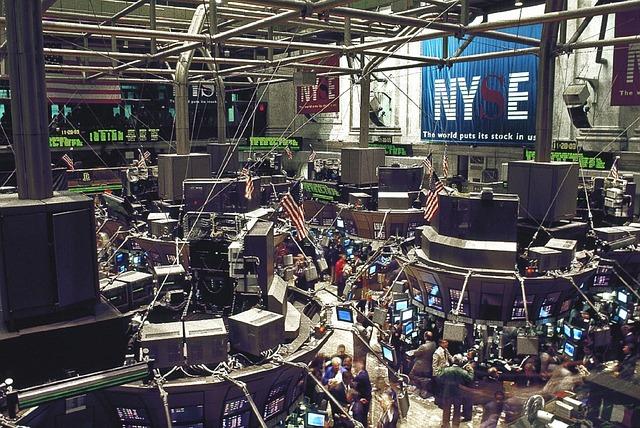 burza v obchodním podlaží